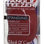 Tangler Teezer Thick & Curly, cares for the hair you wear. Detangling hairbrush with firmflex technology. For thick, wavy afro hair. for more informations: Compact Styler - the instant detangling hairbrush from Tangle Teezer. Weitere Informationen unter: https://hairlounge-sobotta.de/produkte/tangle-teezer/